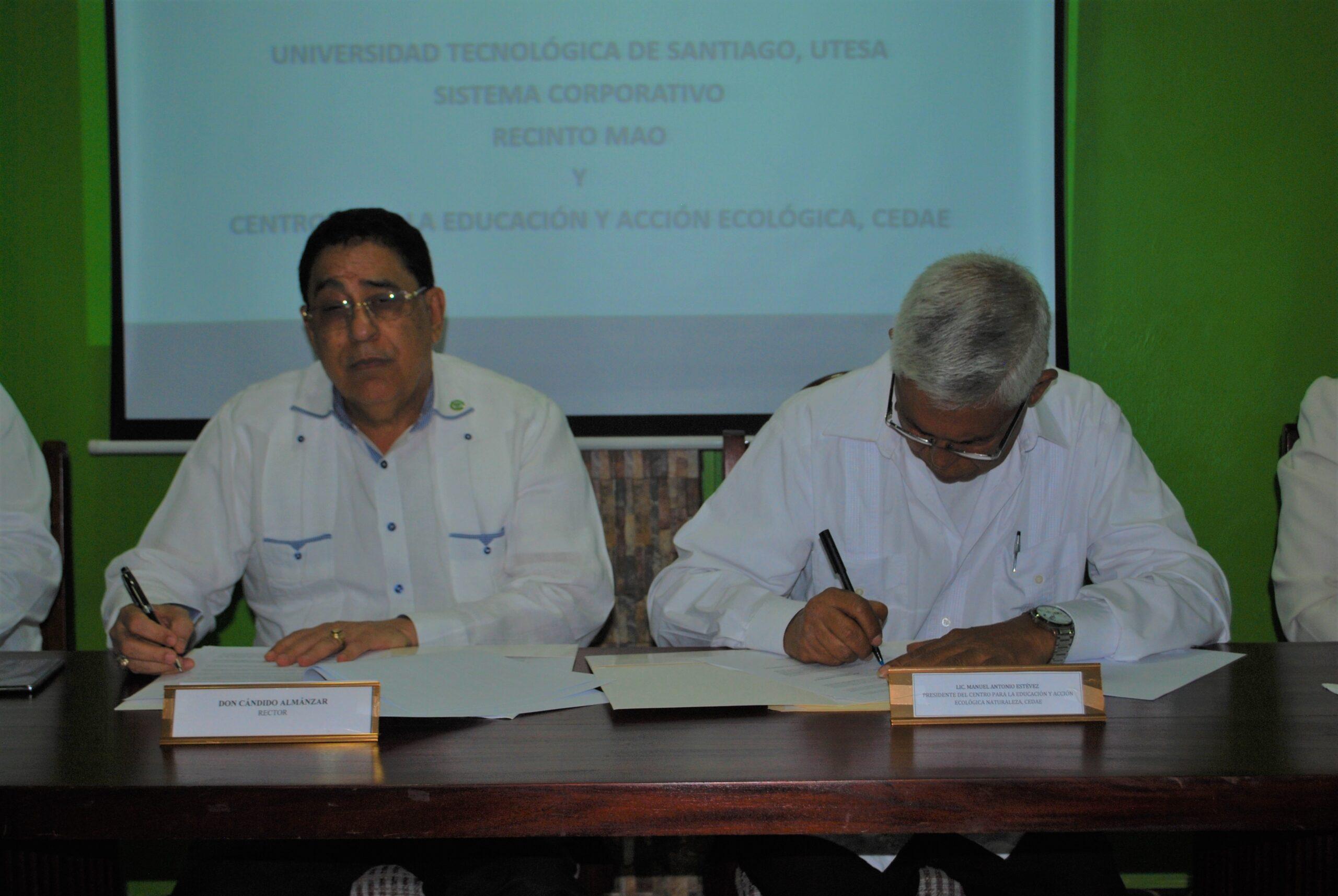 UTESA Mao y Naturaleza firman convenio de cooperación interinstitucional
