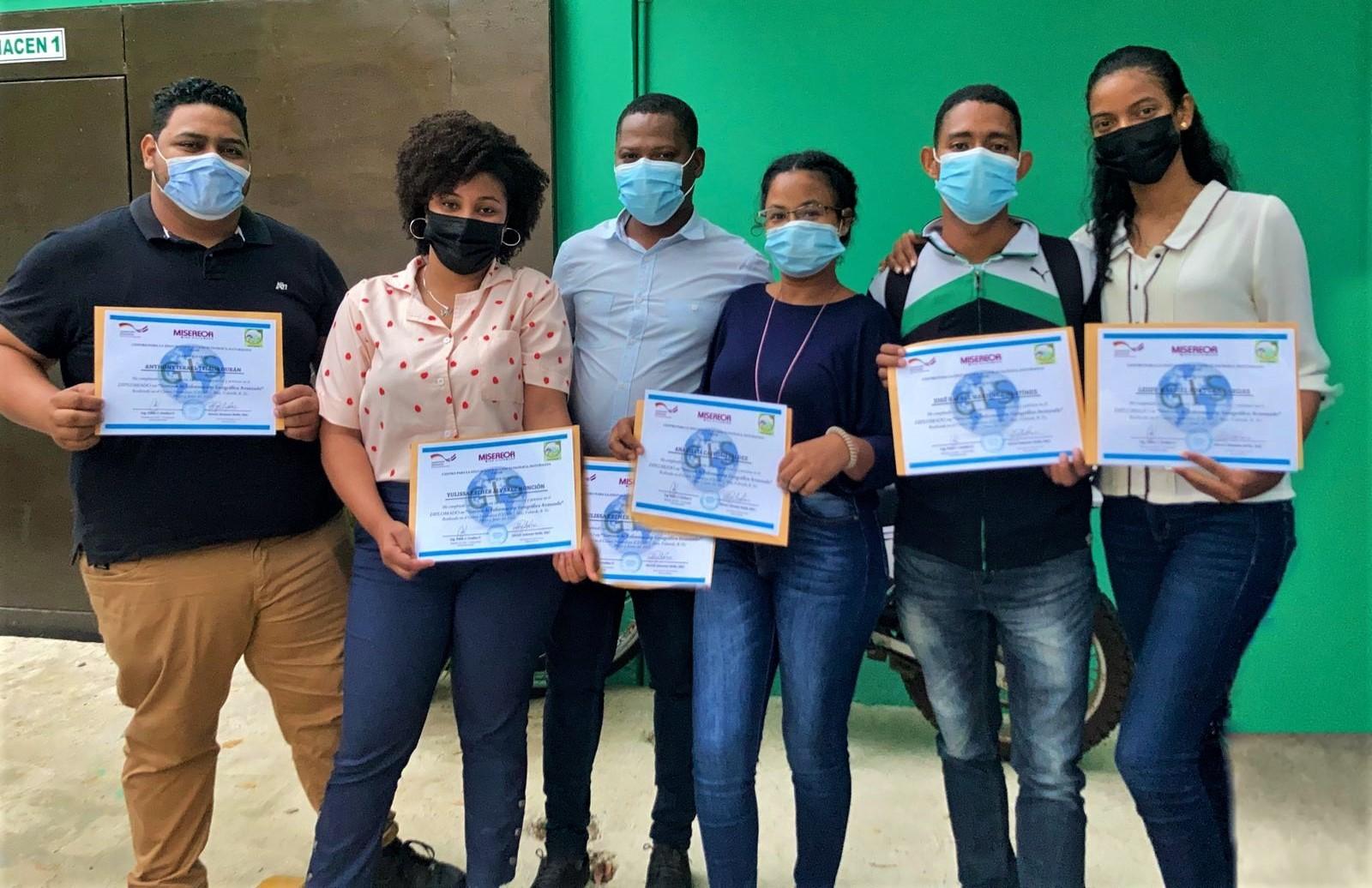Técnicos de Centro Naturaleza reciben certificación del diplomado ARCGIS AVANZADO